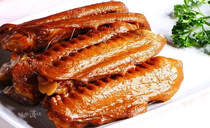 【台北濱江】怎麼這麼涮嘴一隻接一隻吃不停~油油亮亮~肉質有彈性?冰滷鴨翅3支/包