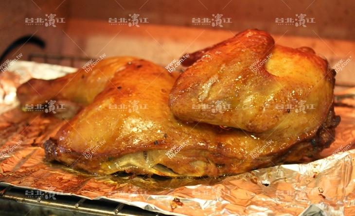 【台北濱江】愛吃雞魔人大讚!絕不可錯過~肉質超嫩網 購 美食 排行 榜多汁~紐奧良烤半雞380g/包