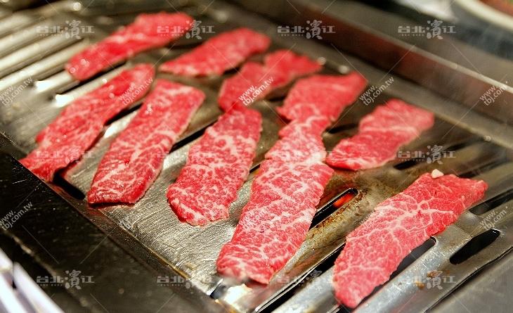 【台北濱江】肉食饕客必嚐~魅惑的柔嫩口感-頂級美國和牛霜降雪花牛濱江燒烤片200g/盒